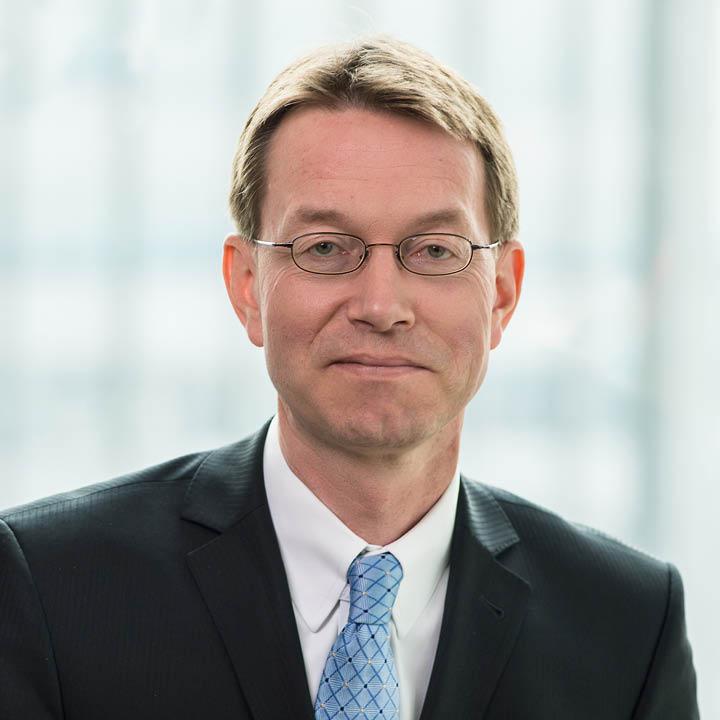 Dr. Ulrich von Auer